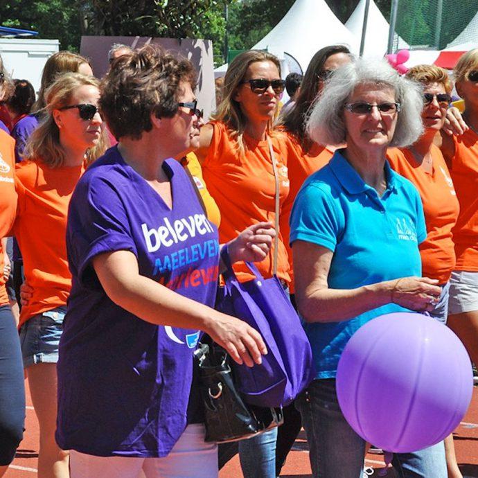 Foto van deelnemers wandelestafette Samenloop voor Hoop